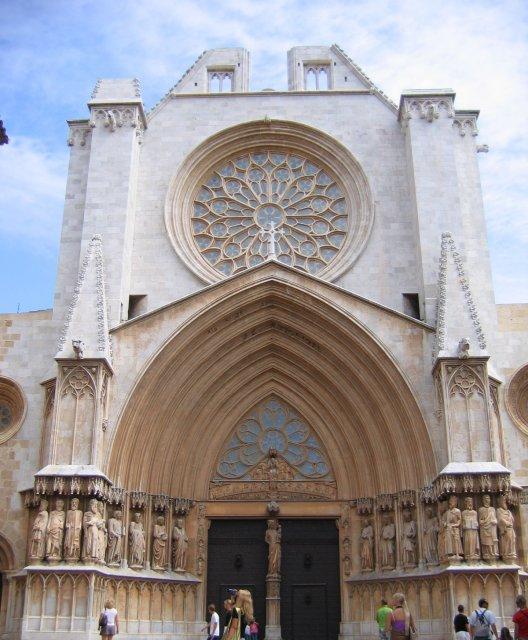 """Таррагона. """"Недостроенный"""" собор. Фасад"""