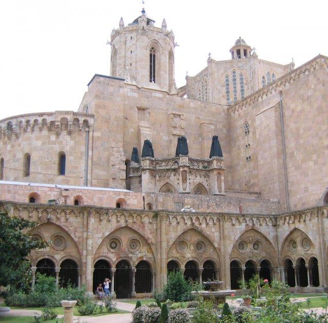 Таррагона. Внутренний двор собора