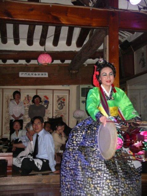 Танцы, Южная Корея