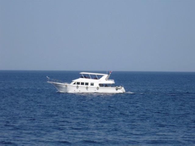 Корабль на Красном море