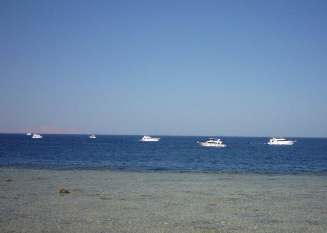 Корабли на Красном море