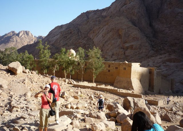 До свидания гора Моисея, здравствуй монастырь Святой Екатерины