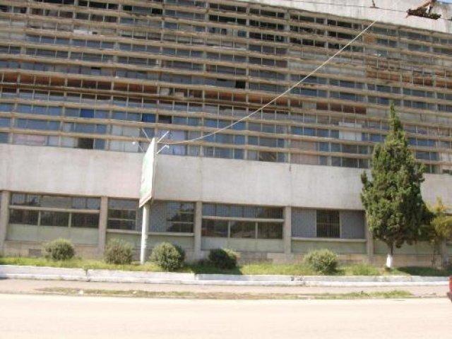 """здание """"сухумприбора"""" -КОШМАР разрухи в центре Сухума"""