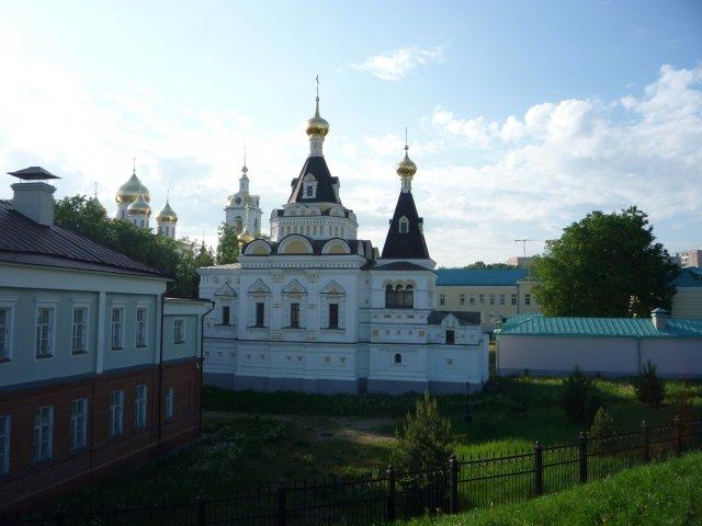 Елизаветинская церковь с крепостного вала