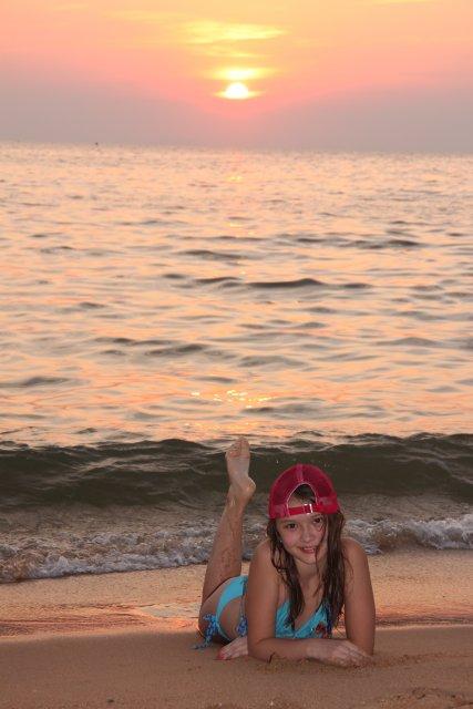 море было чистым и спокойным и утром, и вечером! Повезло!