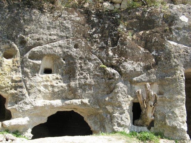 Пещерный город Чуфут-Кале, Крым, Украина