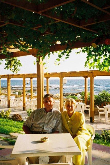 В баре у отеля в Пафосе