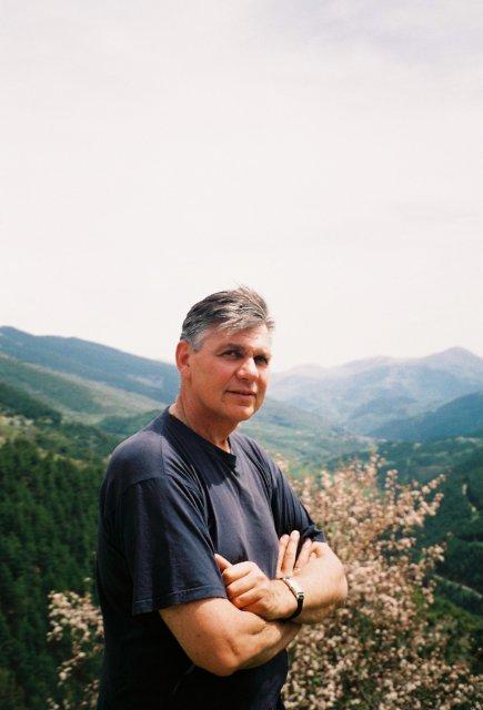 В горах Испании .Николай Ващилин.1995