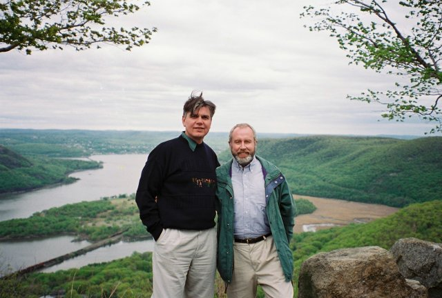 Николай Ващилин с другом Сашей на Гудзоне