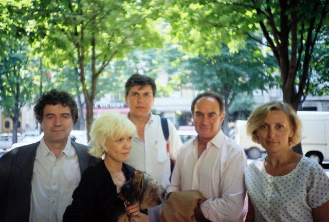Одилон Коба,Николай Ващилин и Реми Жульенн с девушками .
