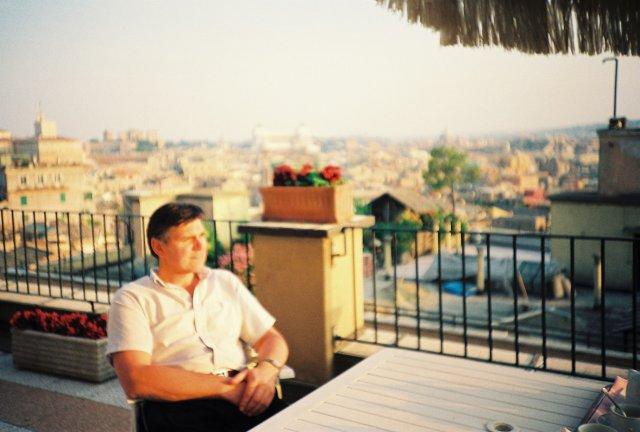 Николай Ващилин на вилла Боргезе в Риме.1989