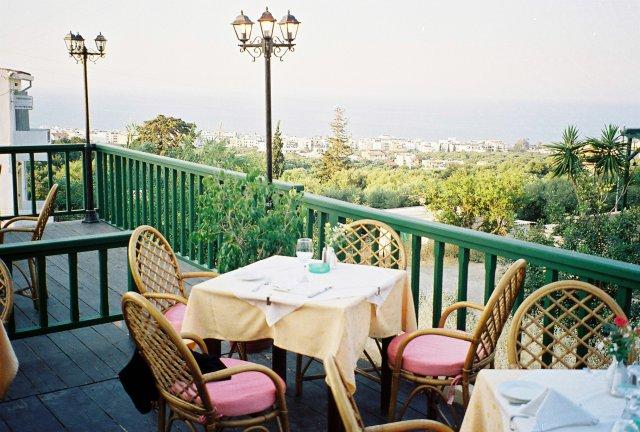 ресторан в горах крита