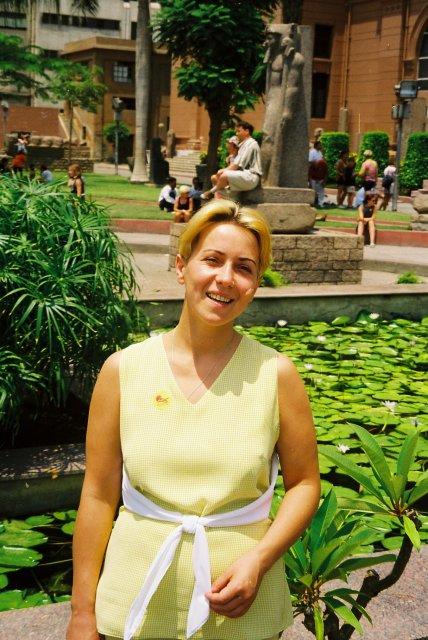 В саду музея Каира