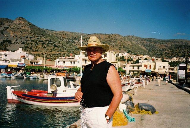 В критской гавани