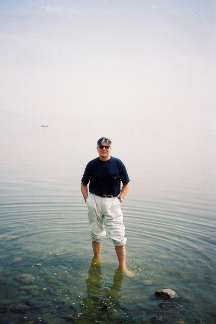 В водах Галилейского моря,где ступал Христос.2000