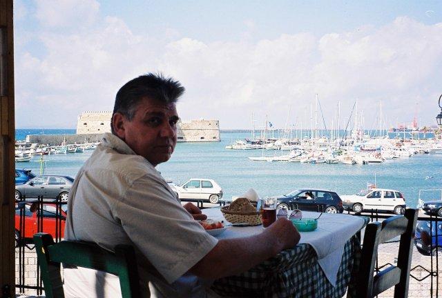 Ресторан в порту Ираклиона