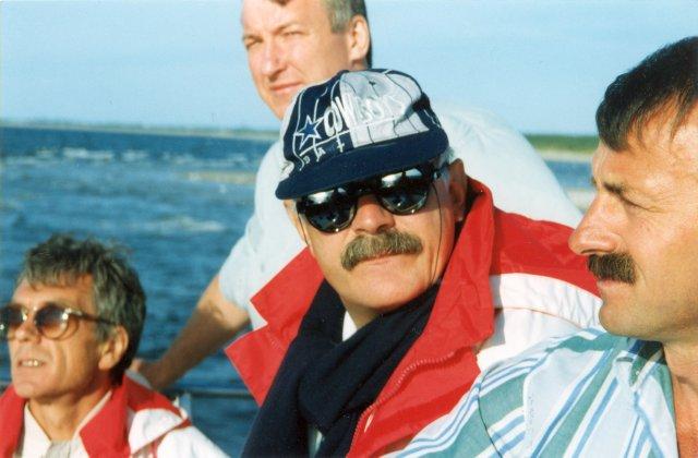На морской прогулке с Никитой Михалковым.1995