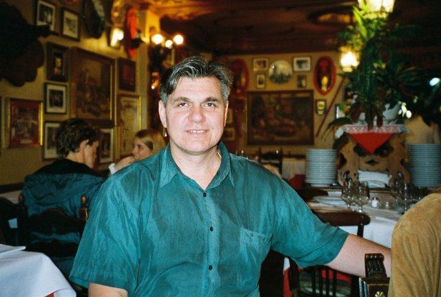 Николай Ващилин в ресторанчике Толедо.1995