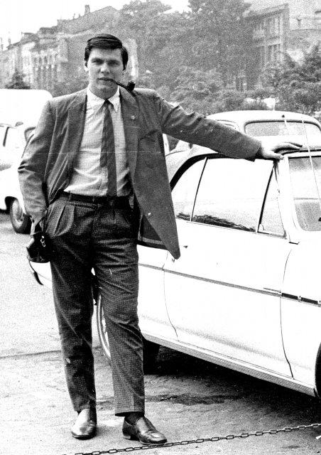 Николай Ващилин за границей СССР с иномаркой на память.1970