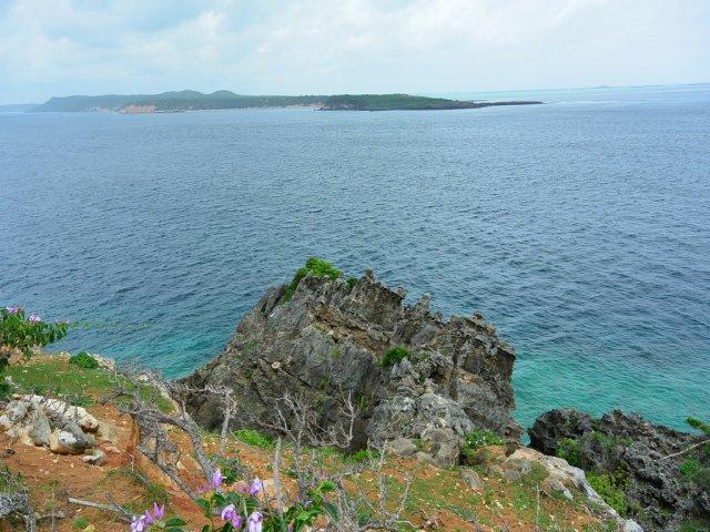 На этом побережье высаживался британский десант.