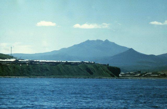 Вулкан Баранского на острове Итуруп, Россия