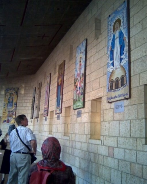 В Храме Благовещения, Назарет, Израиль