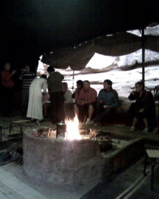 В бедуинской палатке, Иордания