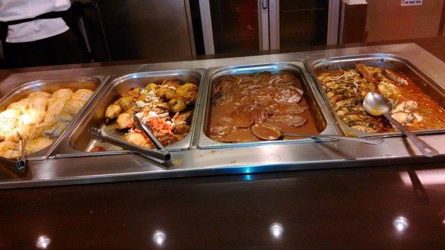 Обед (шведский стол)