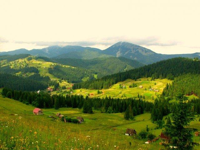 Пейзажи Карпат, Украина