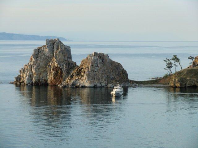 Байкал. Остров Ольхон. Мыс Бурхан. Вечер. Начало августа 2011.