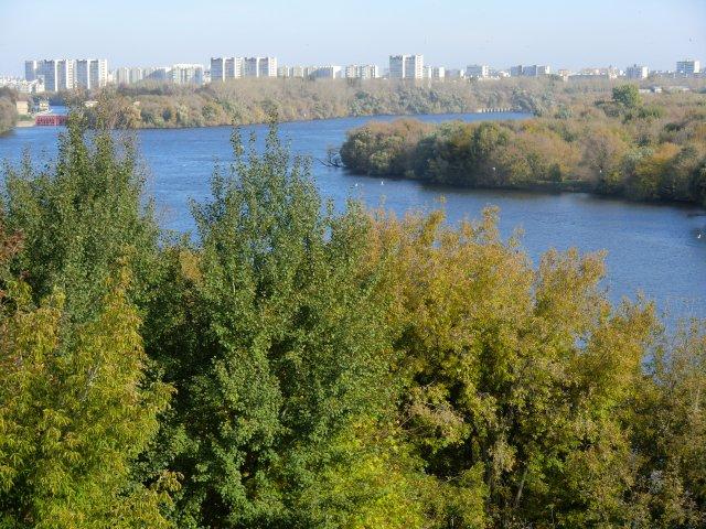 Москва-река в Коломенском.