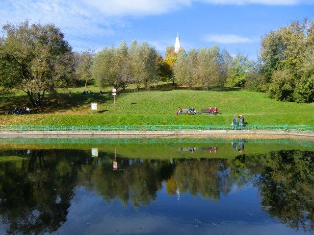 Осенний пруд в Коломенском.