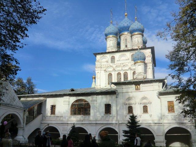 Церковь Казанской Божьей Матери (середина XVII в.) - домовой храм Алексея Михайловича.