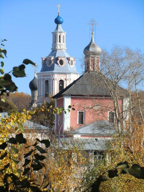 Андреевский монастырь - памятник архитектуры XVII-XVIII в.