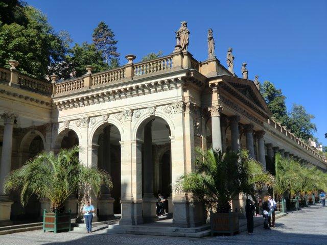 Мельничная колоннада - главная достопримечательность Карловых Вар