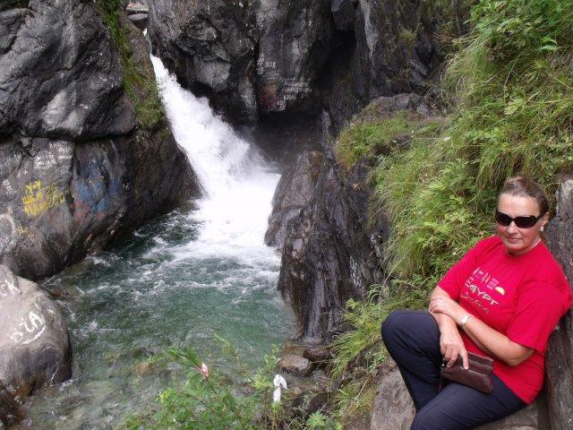 У первого водопада горной Кынгарги.