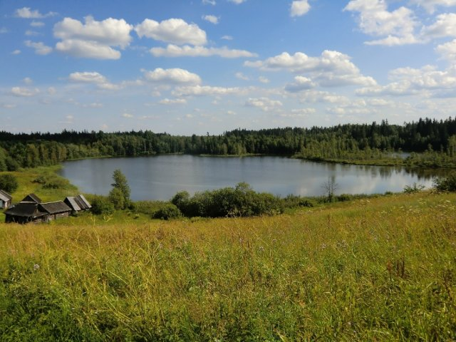 Озеро Худоеже близ Удовища.