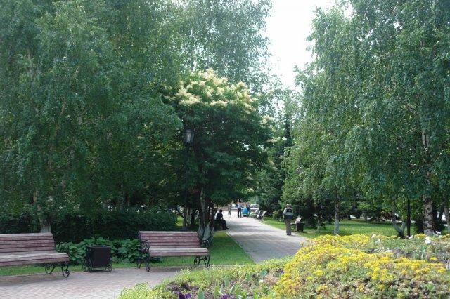 сквер  Г.И.Чорос-Гуркина