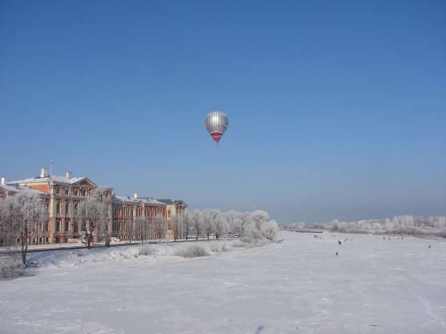 Полёт на воздушном шаре над Елгавой зимой