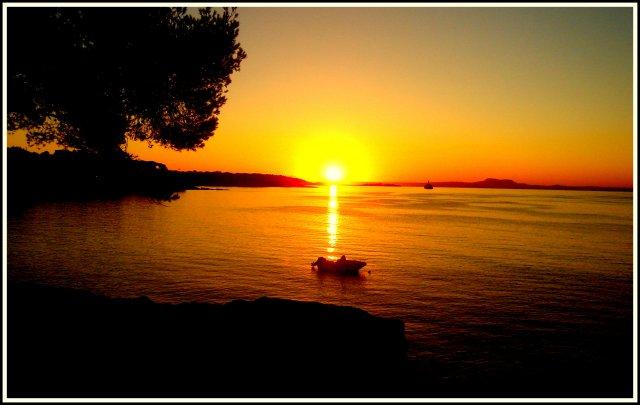 Рассвет на Мальорке.