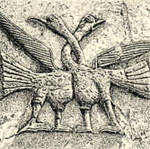 Птицы с перевитыми шеями на Дмитриевском соборе.