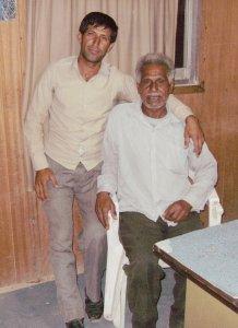 Хамид (слева) и араб Зеро (сидит на стуле)