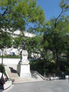 Памятник Гойе у галереи Прадо