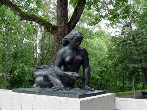 Скульптура Ратничеле