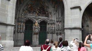 Барельефы Бернского собора
