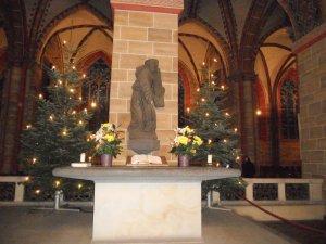 Изображение св. Петра в Кафедральном соборе Бремена