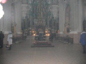 Интерьер церкви с предыдущей фотографии