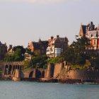 Динар, Франция