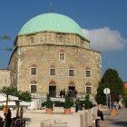 Мечеть в городе Печ, Венгрия