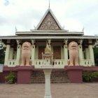 Храм Ват Пном, Пномпень, Камбоджа